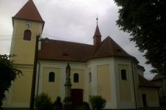 Římskokatolická_farnost_Chvalkovice_-_oprava_fasády_kostela_Chvalkovice